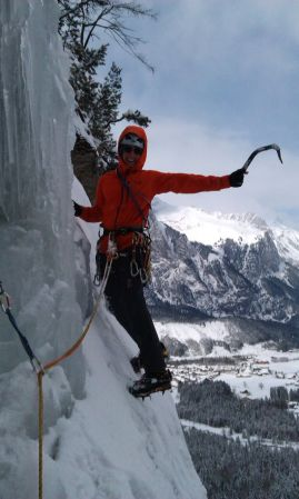 Leading the last pitch of Namenlos on the best, most fun day of climbing I have ever had.
