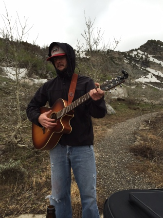 It was chilly enough to make my fingers go numb, but we had an impromptu mountain jam session anyway.